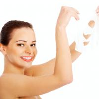 大人特有のごわつきを心地よく流すスクラブ洗顔料が登場