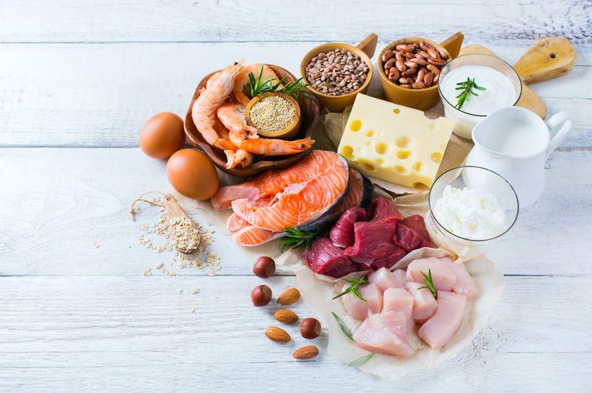 こまめに食べてむくみ&疲れを予防!「タンパク質」の摂り方