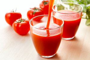 ストレスケアに!心も身体も「リフレッシュ」できるドリンク (1)トマトジュース