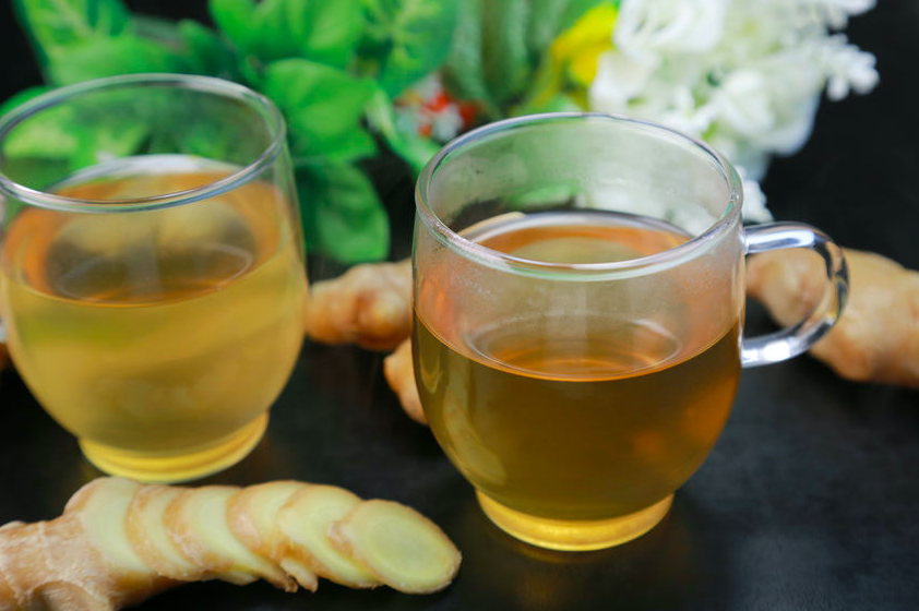 エアコン冷えから身体を守る!「冷え対策」に役立つお茶3つ