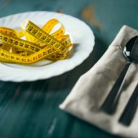 「食べて」効率よくダイエット!エネルギー消費を上げる方法