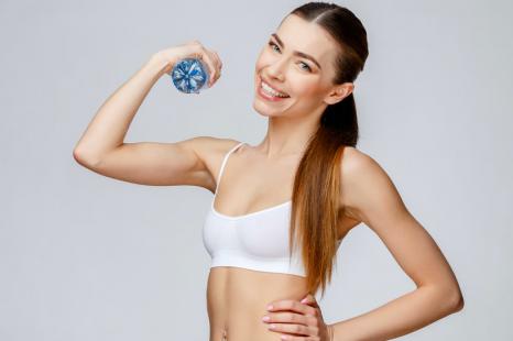 筋肉の衰えがオバ体型を招く!スキマ時間でできる筋トレ3つ