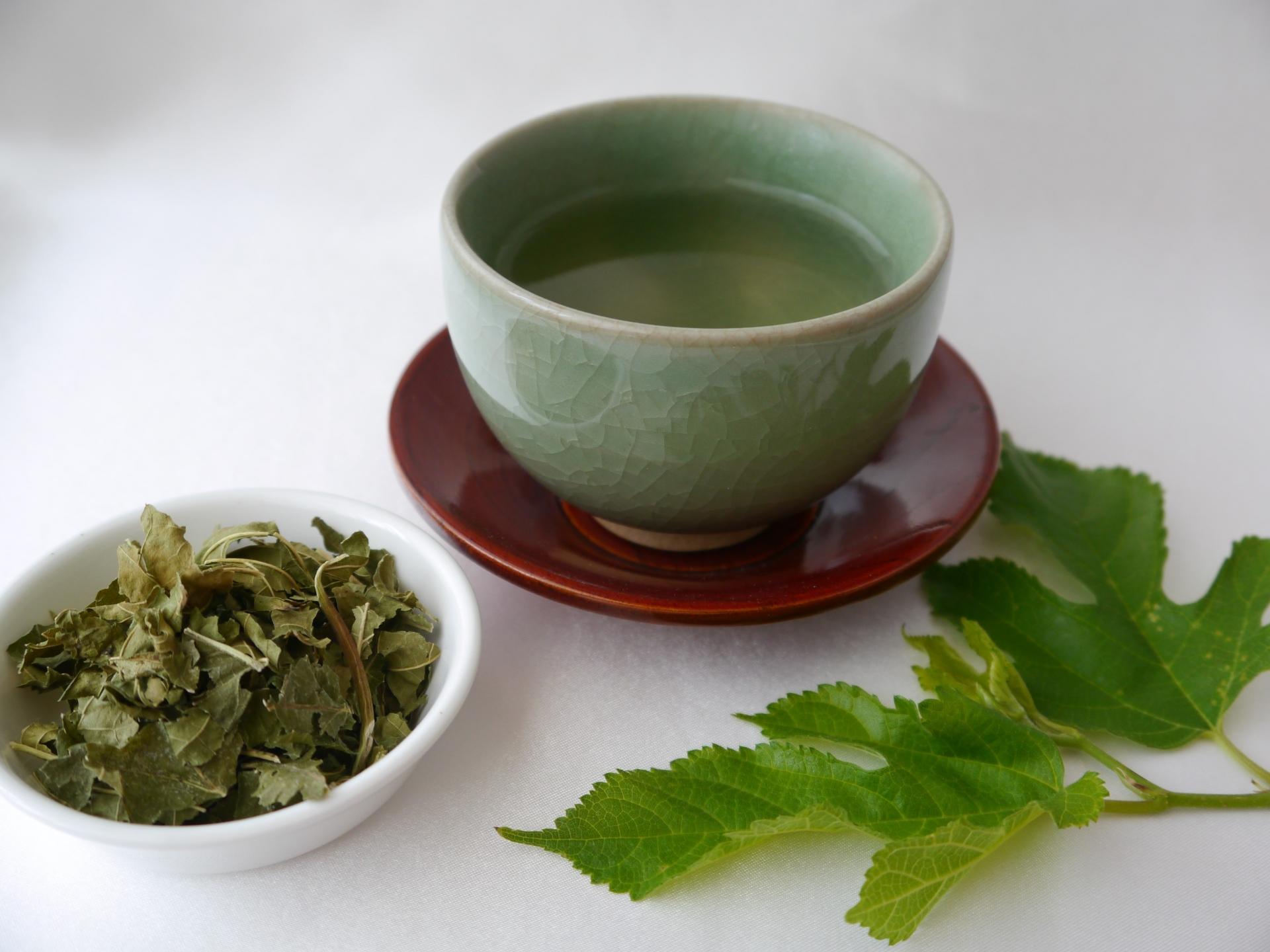 ダイエットに役立つドリンク3つ (2)むくみが気になる方に!桑の葉茶