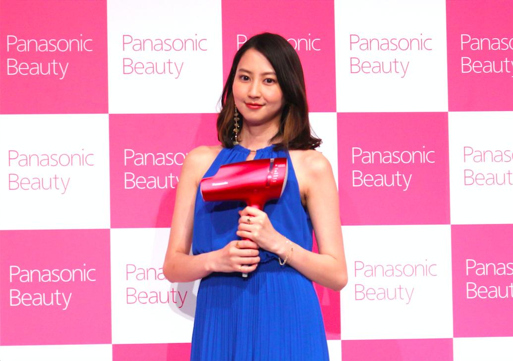 7月23日、パナソニック株式会社の美容家電シリーズPanasonic Beautyは、9月1日発売の新ヘアードライヤー ナノケア EH-NA0B を一足先に体験できるイベントをコンラッド東京にて開催しました。