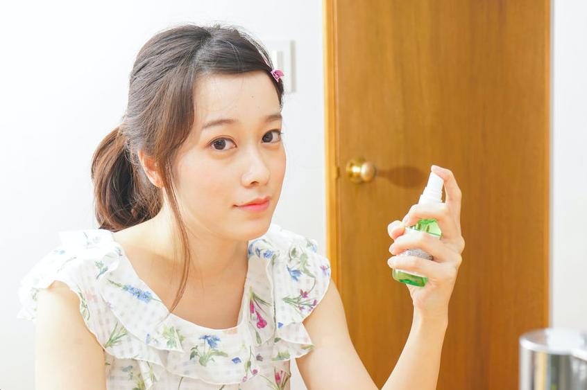 ミストで化粧崩れ予防!プロ直伝・メイク崩れの原因と対策法