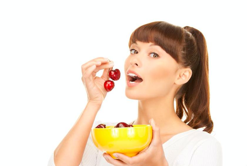 果物で夏冷えに!?薬膳のプロがすすめる「体を温める果物」