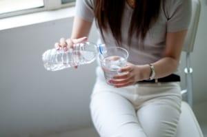 秋バテを引き起こすNG食習慣3つ (3)水分摂取が少ない