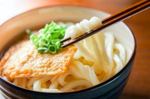 秋バテを引き起こすNG食習慣3つ (2)食欲がないからと好きな物しか食べない