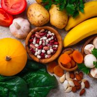 40代が食べるべき食材は?エイジングケアに役立つ4大食材