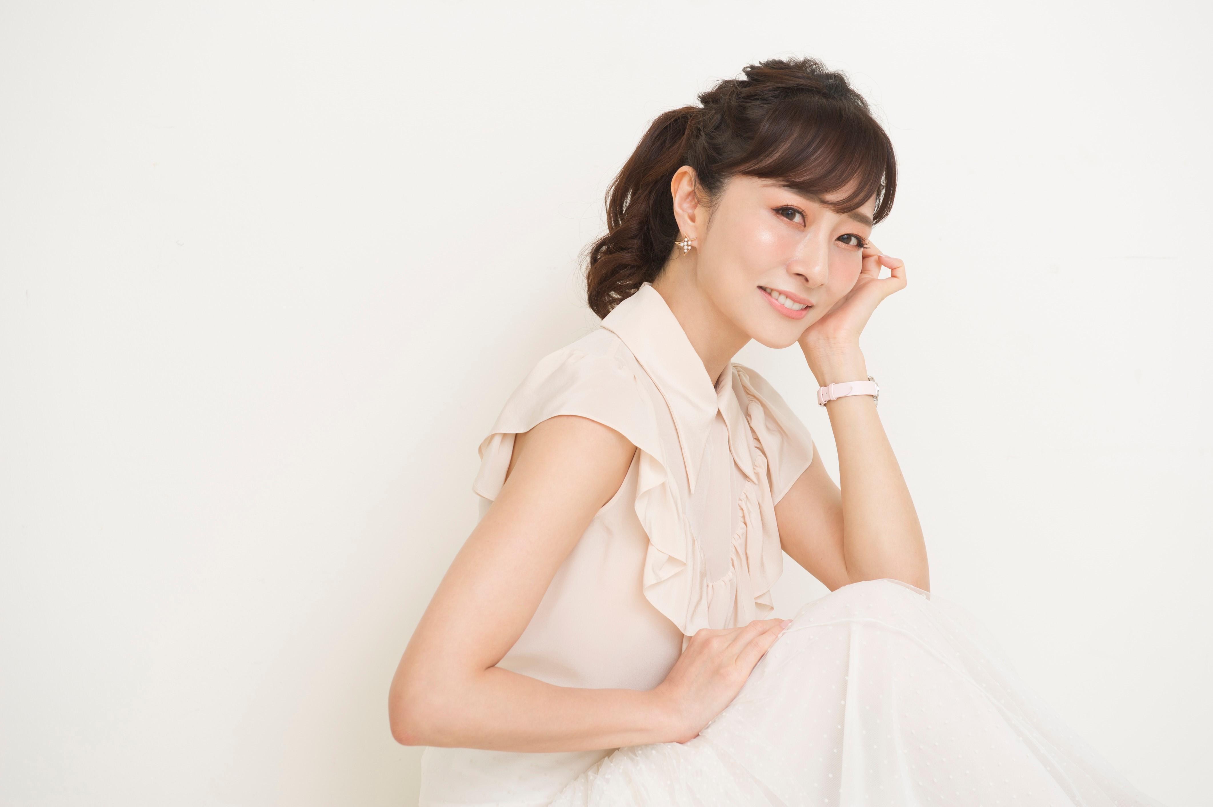 石井美保さんに聞く、つやプラ世代が今選ぶべきベストコスメ