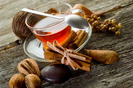 飲んで健康管理!冬に常備しておきたい美容家おすすめ健康茶
