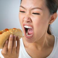 年末年始のおうちごはんに!食べ過ぎを防ぐ身近な食材3つ