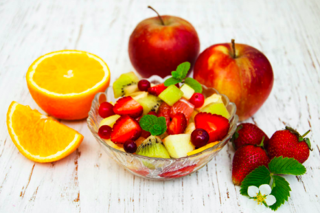 外食続きの野菜不足解消に!食べるサプリになるフルーツ3つ