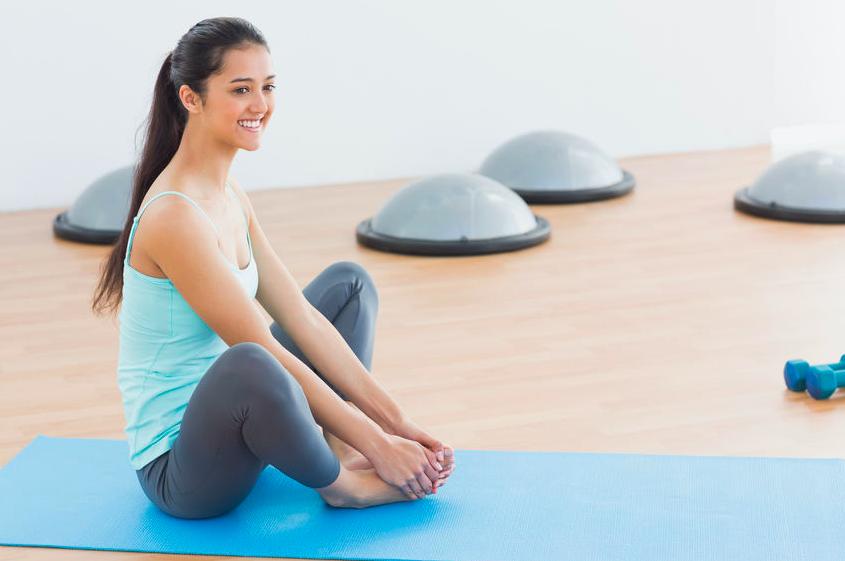 運動不足で腸内環境が悪化?元気な腸に導く簡単エクササイズ