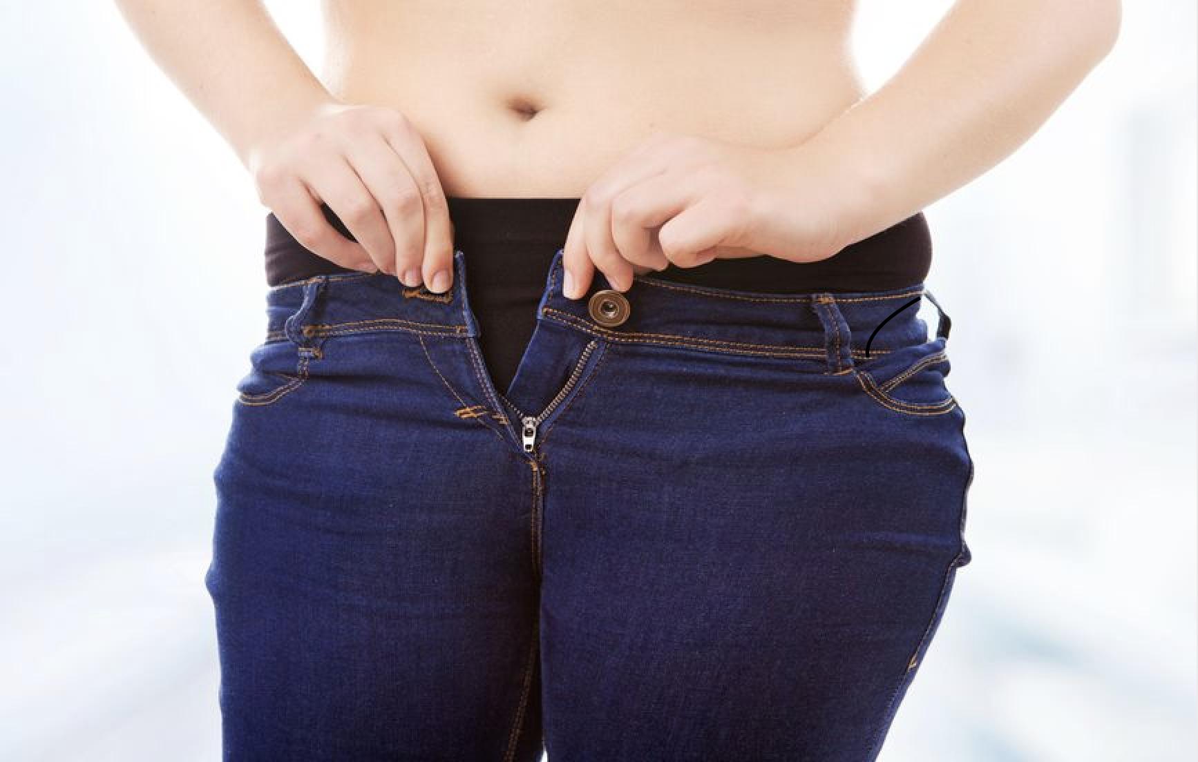 太ってパンツが入らない女性