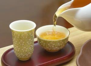 お茶でお正月太り対策を!おせちと一緒に飲みたいお茶3選 (2)ウーロン茶