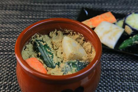 野菜の栄養を丸ごと取れる!ぬか漬けで腸活&アンチエイング