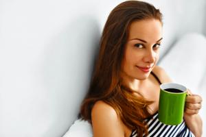 """""""朝のコーヒー""""は腸活をサポートする!その理由とは?"""