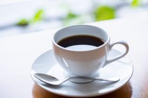 お正月の食べ癖をリセット!小腹満たし習慣2つ (2)コーヒーを飲む