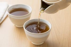 美腸もダイエットも!「杜仲茶」を40代から飲みたい理由