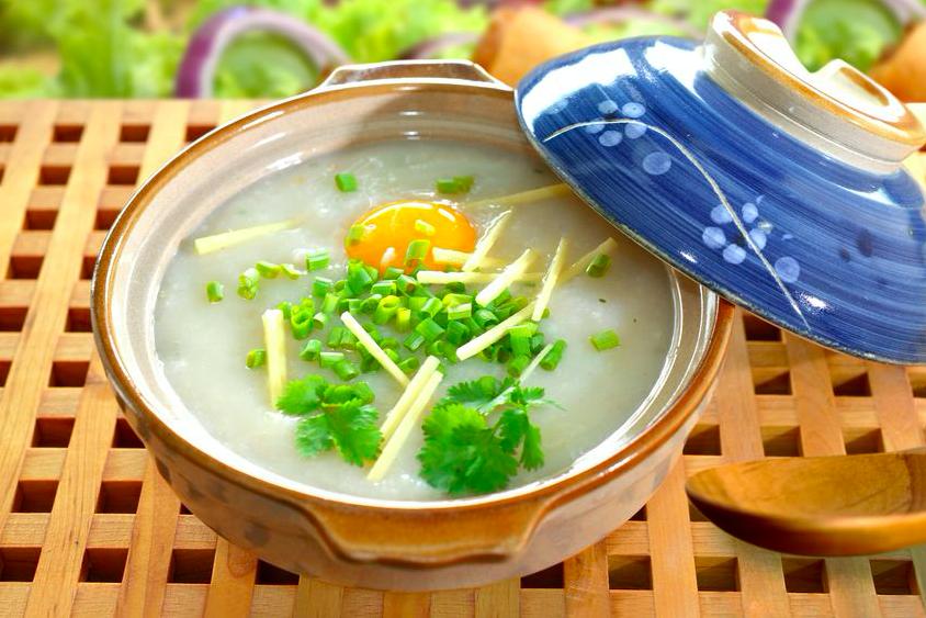 疲れた胃をスパイスで立て直す!?お粥&スープの養生レシピ