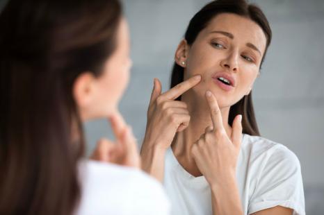冬の老け顔をなんとかしたい!冬の肌悩みを増やすNG習慣3つ
