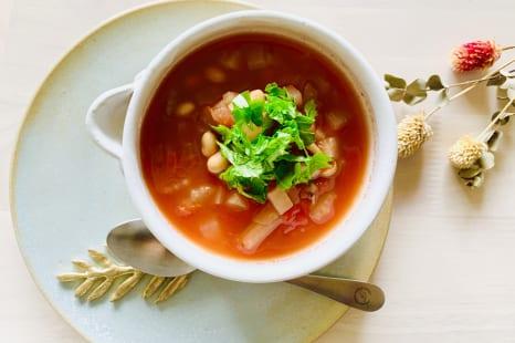 食欲の暴走を薬膳スープでストップ!簡単トマト缶スープ