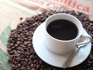 紫外線に負けない!美肌づくりに欠かせない飲みもの3つ (1)コーヒー