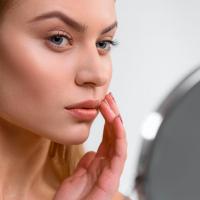 先進美容はここまで来てる!40代のコラーゲン不足を救う「フリーズドライ美容液」とは…