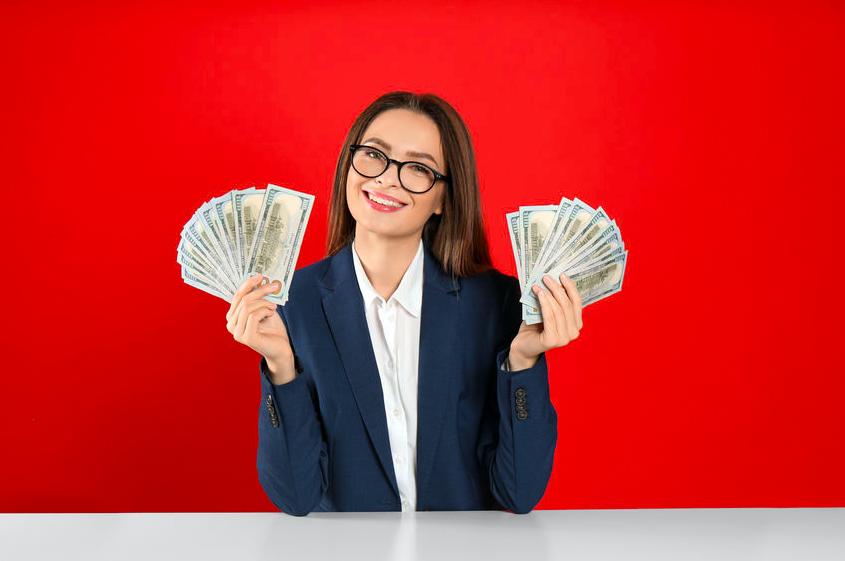 お金を有効に使えてる?「お金に愛されやすい星座」トップ3