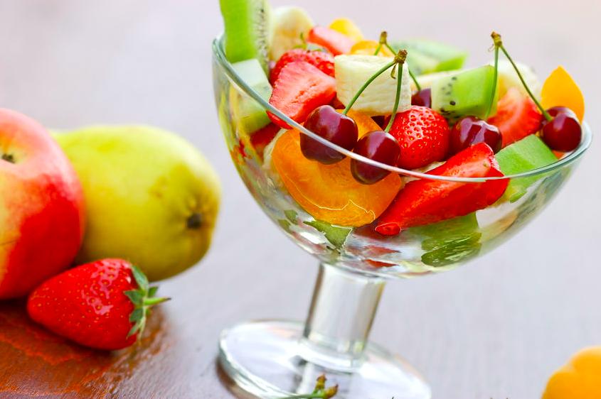 フルーツで内側から紫外線対策を!毎日食べたい春が旬の果物