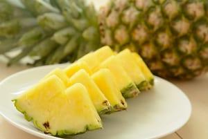 冷凍で毎日続く!腸活に役立つ旬フルーツ3つ (2)パイナップル