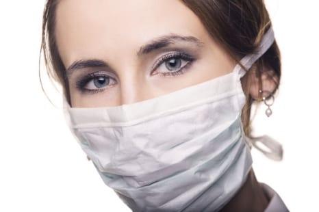 マスク肌荒れを防ぐ!皮膚科医が教えるマスクとの付き合い方