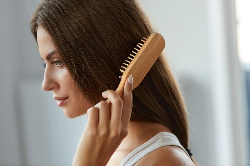 髪のボリューム対策に美容家・石井美保が愛用するアイテムは?