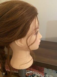 すると、さらに後れ毛が立体的になります