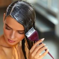 すぐに伸びてくる白髪対策に!専門家が教える白髪染めの持ちを良くするテク