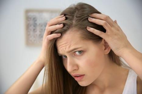 40代からの髪悩みには内側からのケアが不可欠!?注目成分配合の美容サプリとは