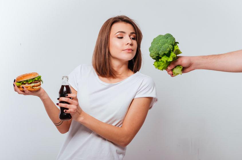 シミの原因は紫外線だけじゃない!AGE対策できる食材って?