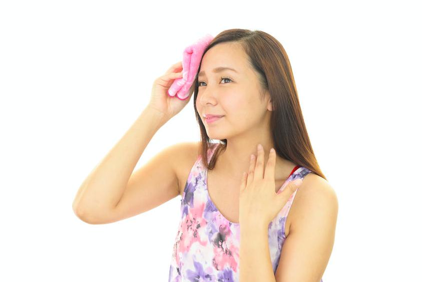 秋の肌枯れ対策に!インナードライ肌チェック&対策ケア法
