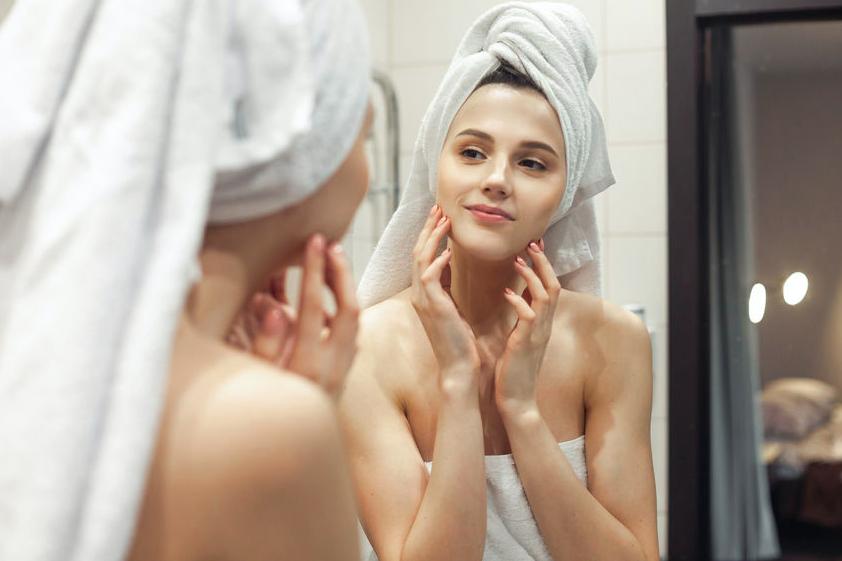 本気のシミ対策!美肌に導くスキンケア方法&生活習慣