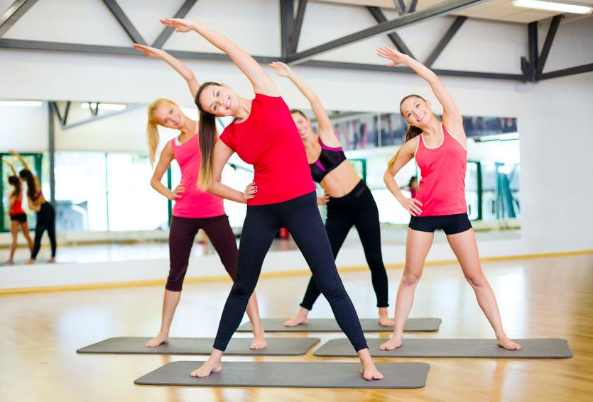肩こり・腰痛の改善に役立つ!?ラジオ体操の嬉しい効果3つ