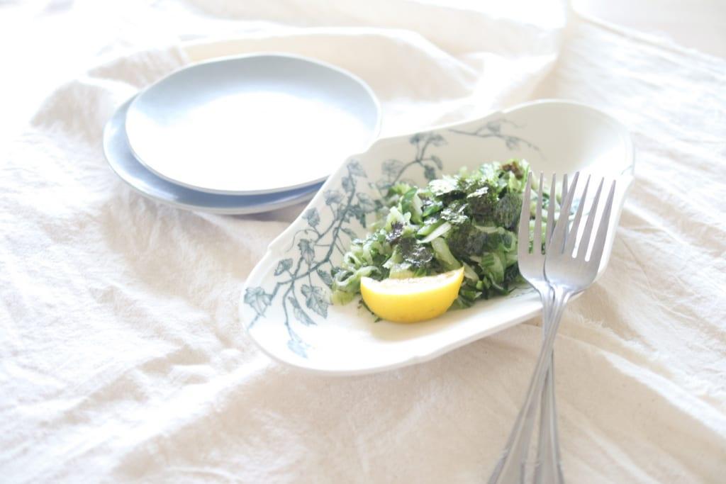 イライラを落ち着かせる!?暴飲暴食対策に役立つ薬膳サラダ