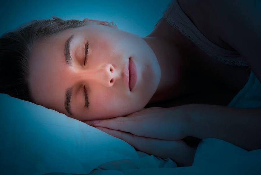 睡眠でエイジングケア?成長ホルモンの分泌を促す眠りのコツ