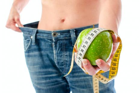 プロトレーナーが実践!ダイエット中の食べすぎを防ぐコツ