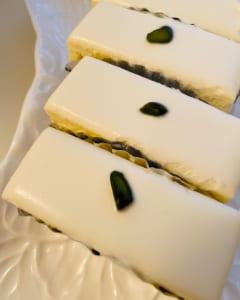 レアチーズケーキ/西洋菓子 しろたえ