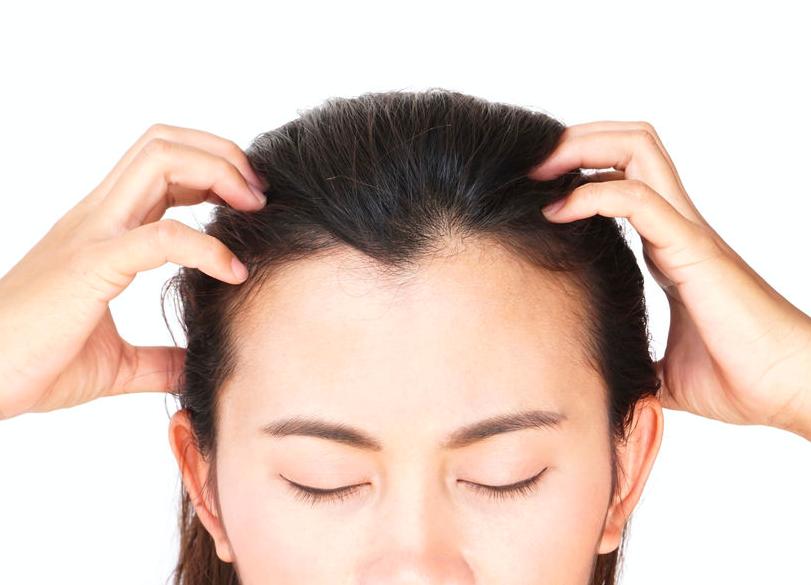 入浴中にストレスリリース!頭のこりをほぐす頭皮マッサージ