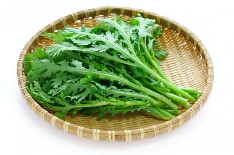 免疫力低下&乾燥対策!春菊でエイジングケアを叶える食べ方
