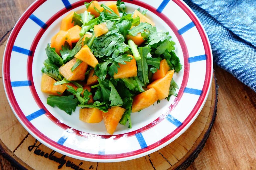 乾燥や冷えで冬老け!?春菊でエイジングケアを叶える調理法
