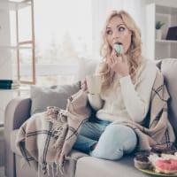口寂しさで太る?食事制限せずに食べ過ぎを防ぐ食べ方のコツ