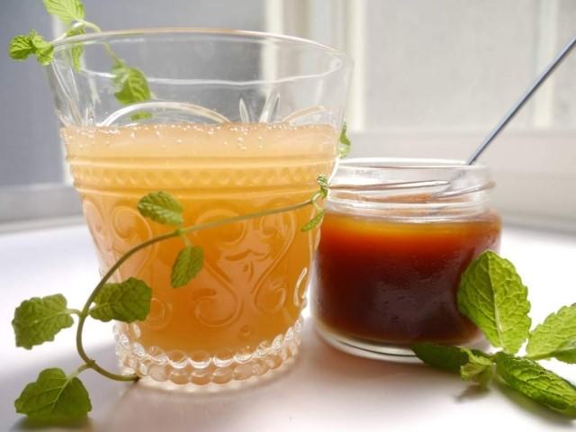 体を内側から温める!冷え対策に最適な生姜シロップのレシピ